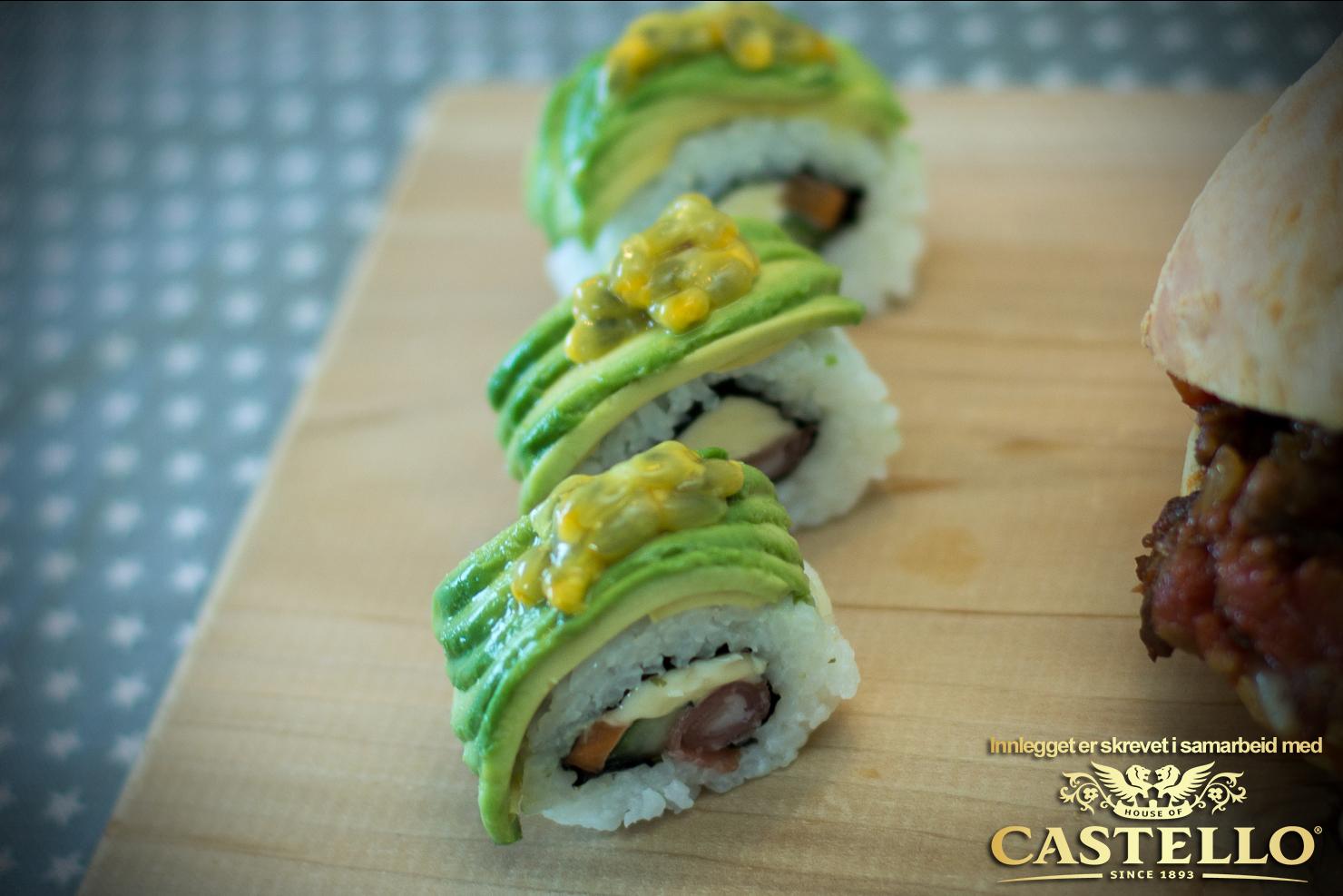 Castello Blå-makiruller med agurk, gulrot, spekeskinke, avokado og pasjonsfrukt | Castello