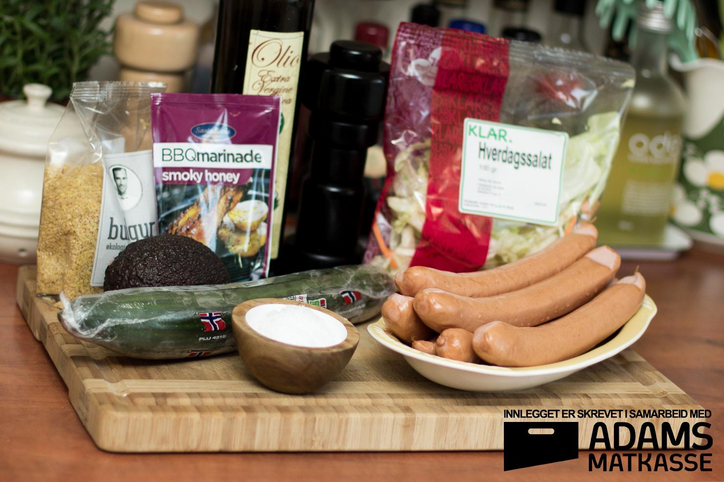 Ingredienser | Frankfurter med barbecuesaus, bulgursalat og salat | Adams Matkasse