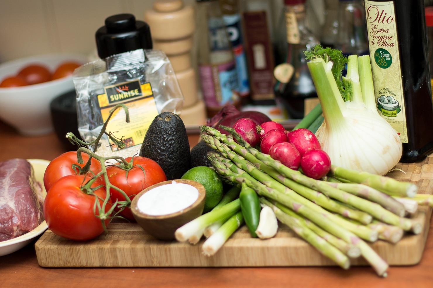 Ingredienser | Hvetetortillas med ovnsbakt fennikel og asparges, quinoa, ytrefilet av okse, tomatsalsa og spicy guacemole