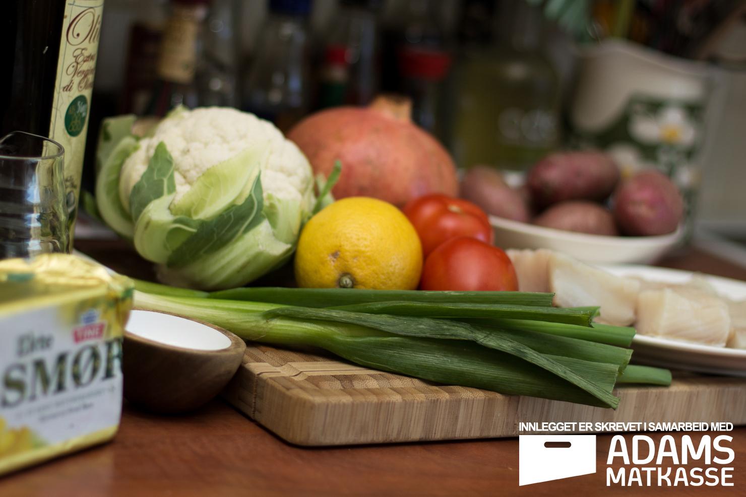 Ingredienser | Kveite med blomkålkrem, poteter, tomatsalsa og granateple | Adams Matkasse