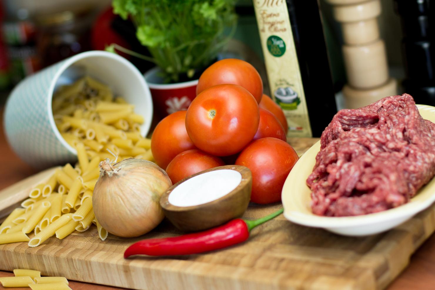Ingredienser | Kjøttboller med penne og tomatsalsa