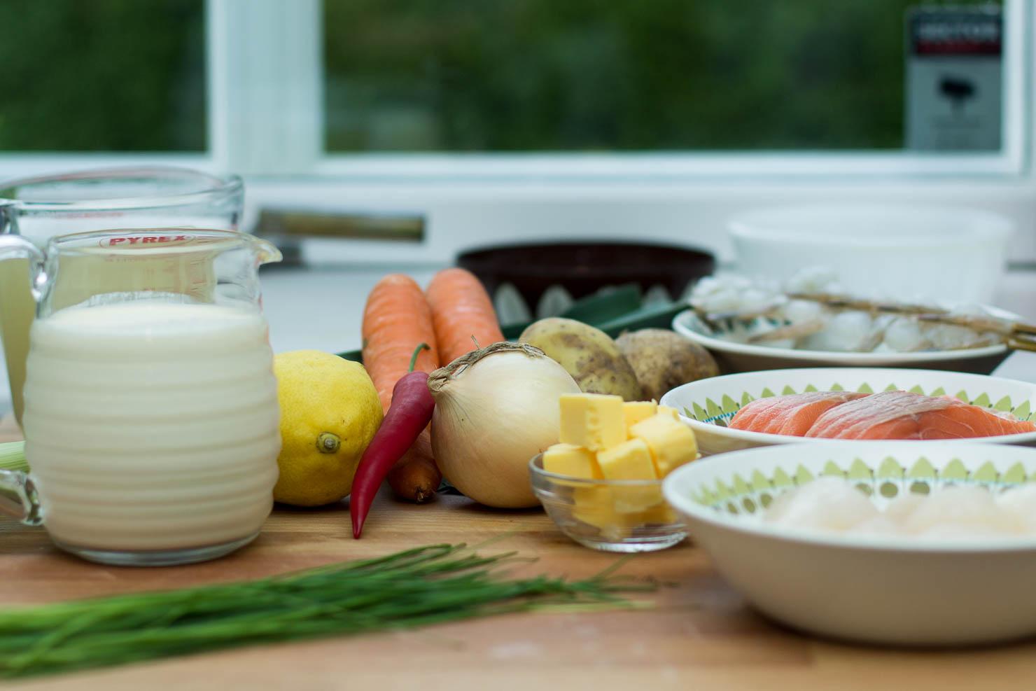 Ingredienser | Kremet fiskesuppe med laks og kamskjell