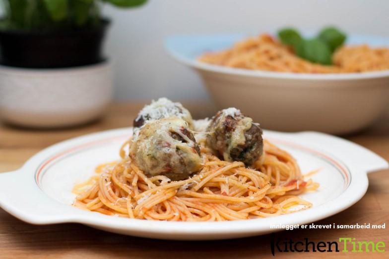 Spaghetti og kjøttboller med enkel marinarasaus | Kitchentime