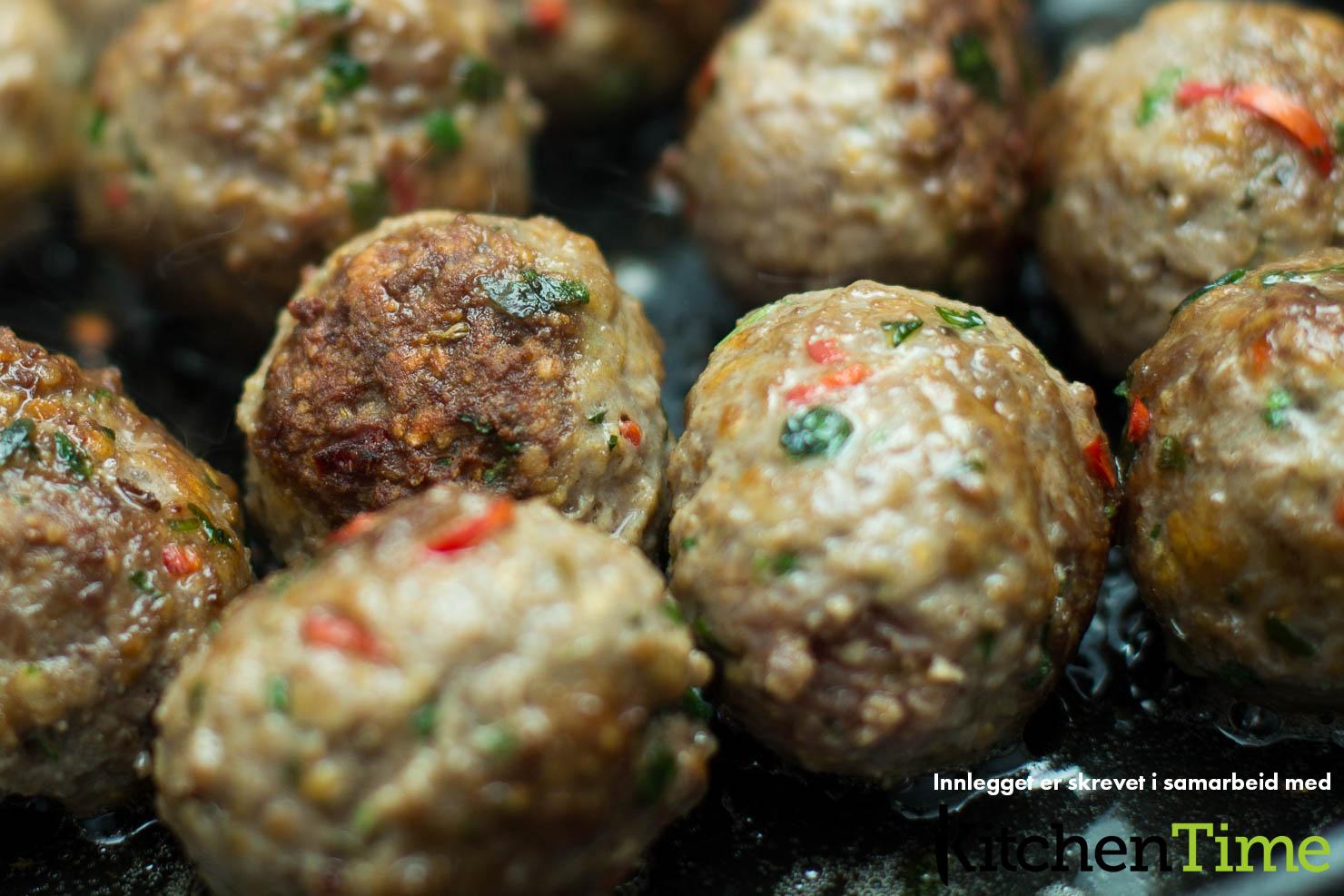 Steking | Spaghetti og kjøttboller med enkel marinarasaus | Kitchentime