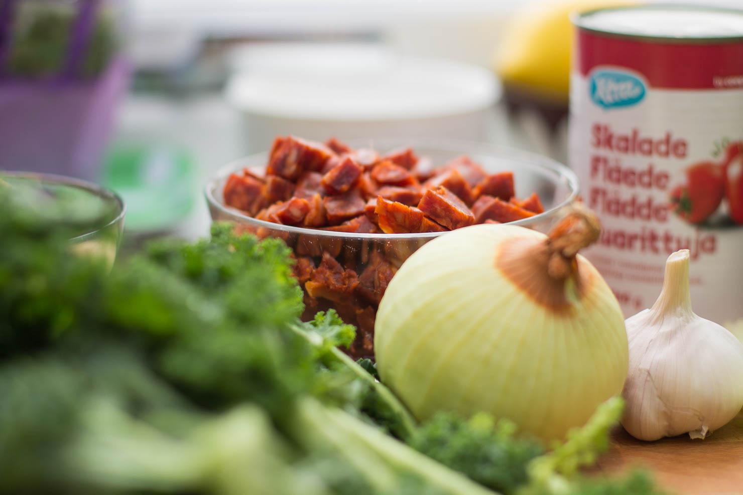 Ingredienser | Chorizo- og kikertsuppe