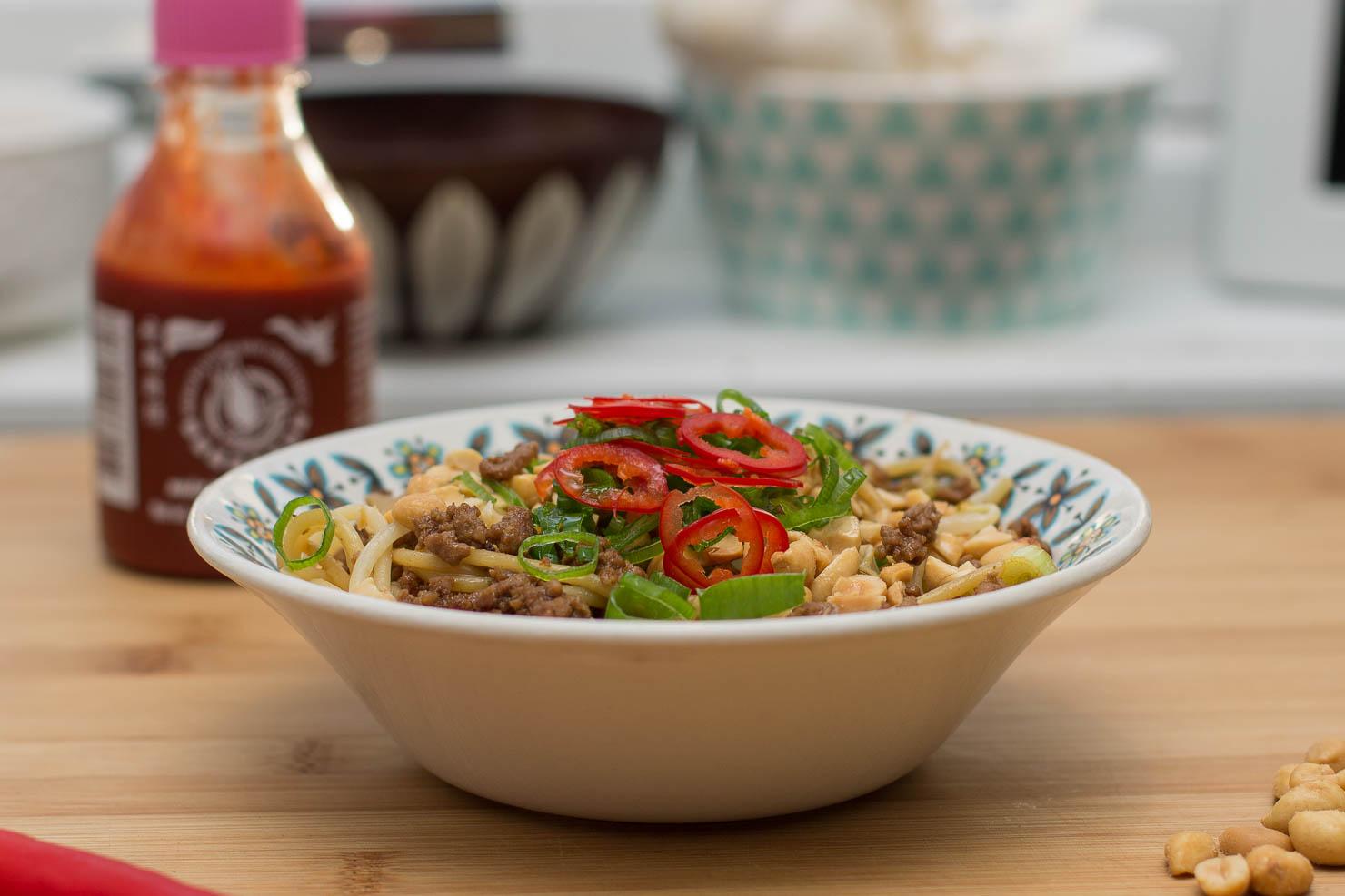 Spicy asiatiskinspirert spaghetti