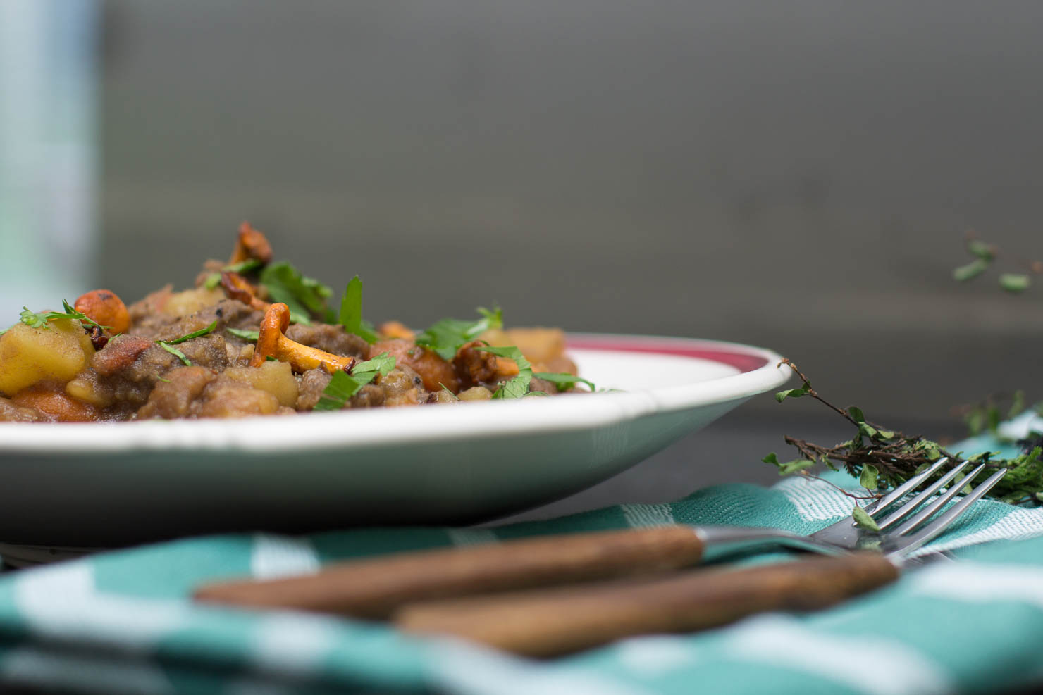 Stemning | Biffgryte med rotgrønnsaker og kantarell