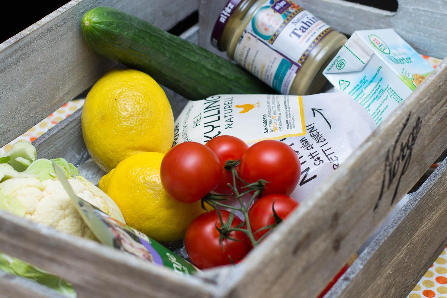 "Ingredienser | Maqluba ""opp ned"" kylling | #CookForSYRIA"