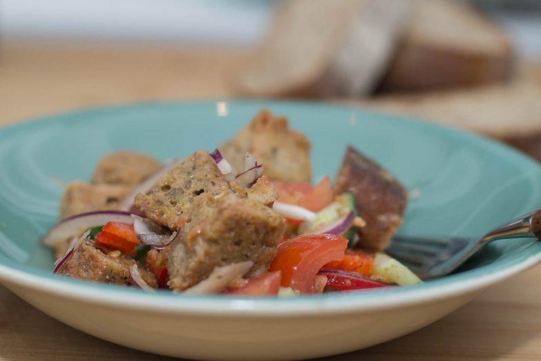 tallerken | Panzanella - italiens brødsalat