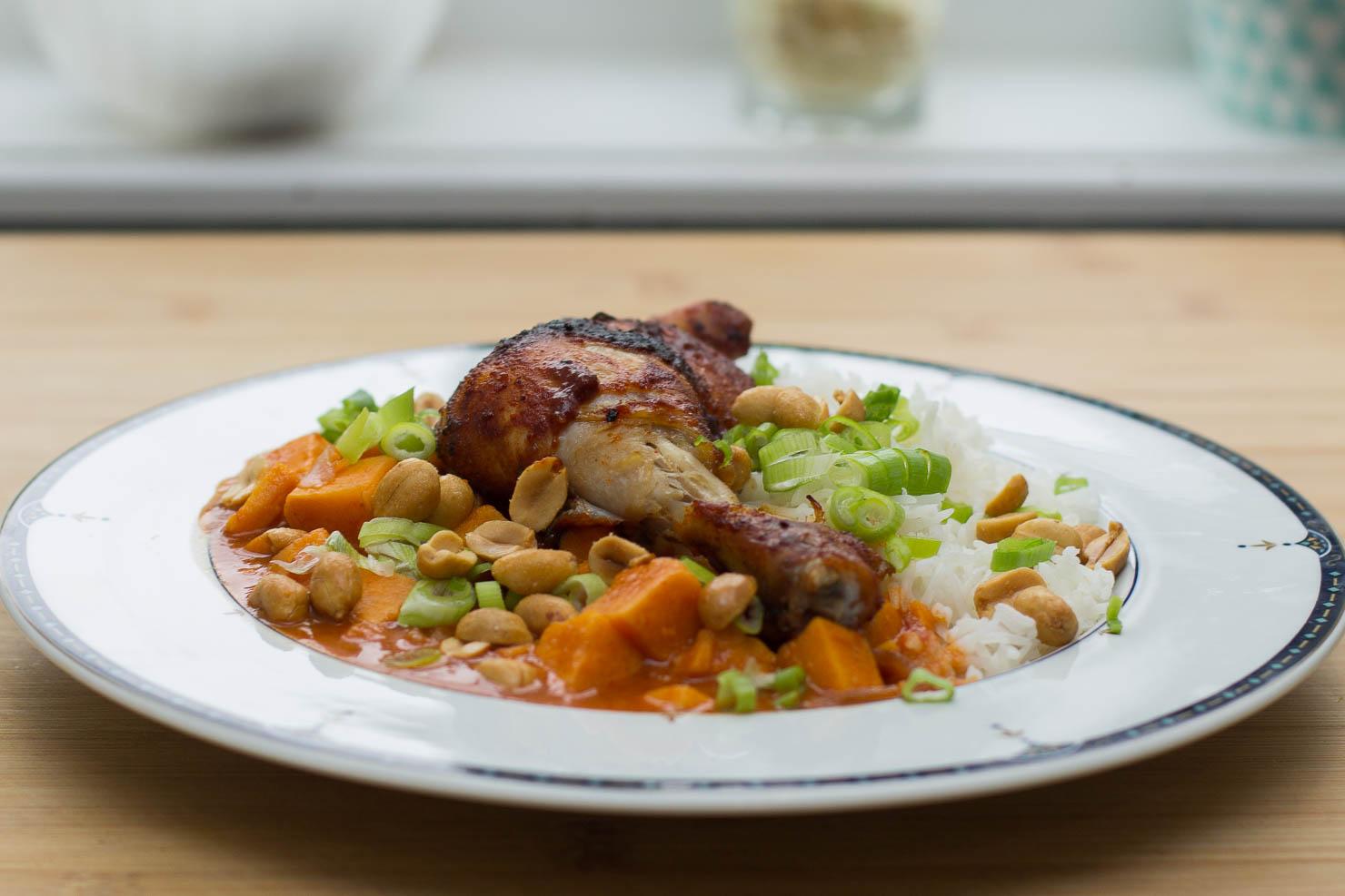 Søtpotetkarri med grillet kyllinglår